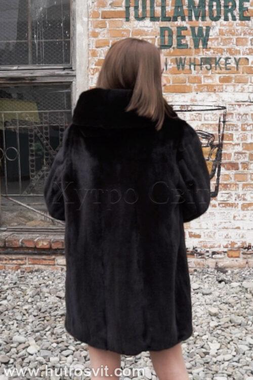 продукция производителя  ХутроСвіт Тисмениця 2021 Норковый полушубок большого размера с капюшоном коричневый, фото 3