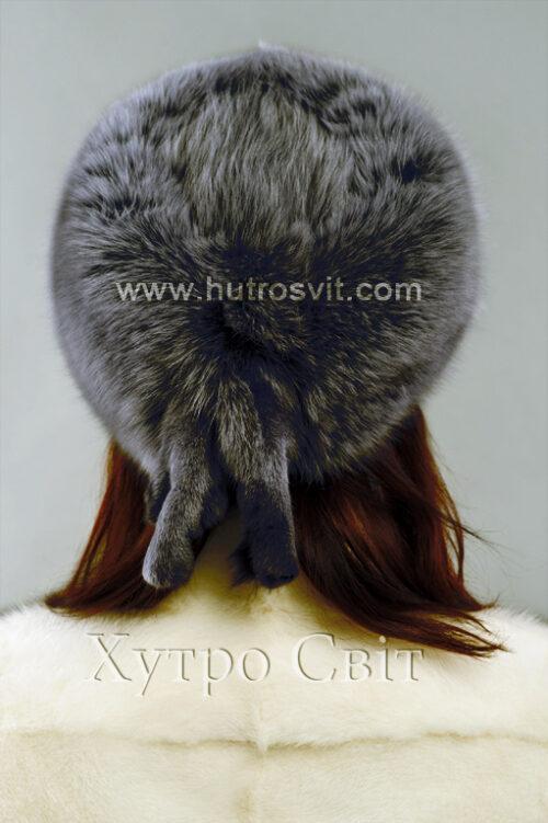 продукция производителя  ХутроСвіт Тисмениця 2021 Женская шапка цвета графит, модель, фото 2