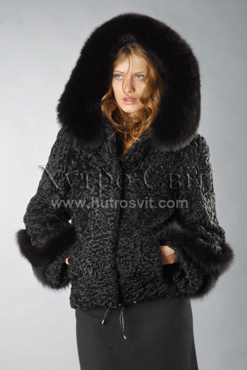 Шуби каракуль - модель курточка з капюшоном і песцевою опушкою