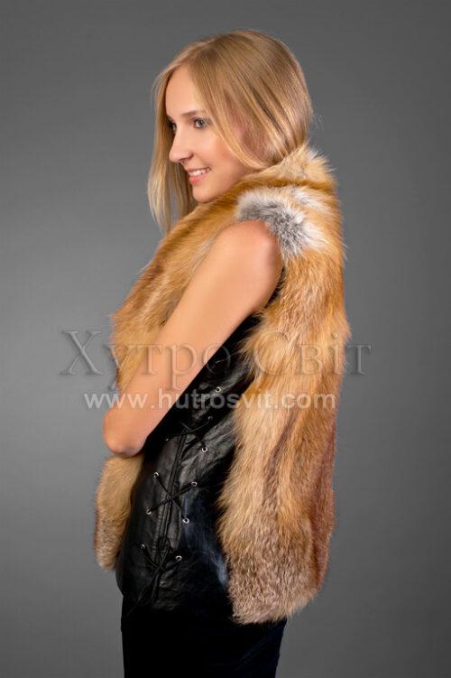 Меховой жилет лиса, размеры: длина 60 см, кожанные бочные вставки, фото 3