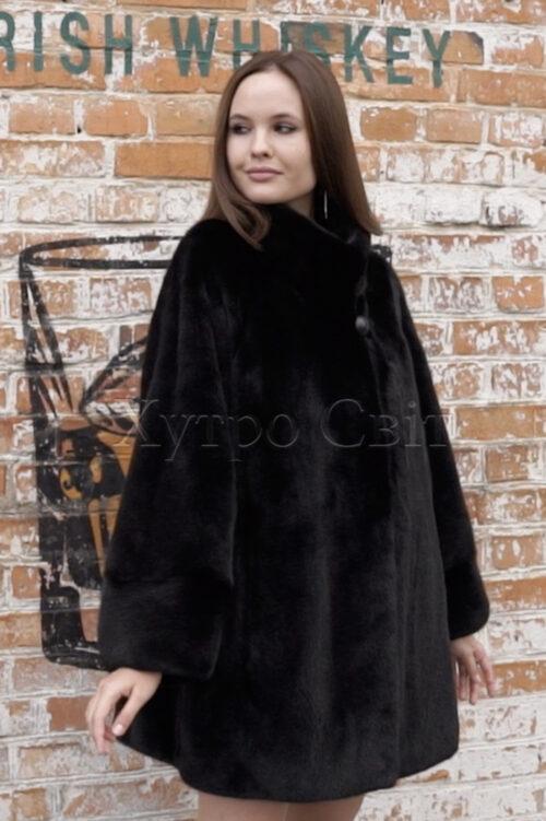 продукция производителя  ХутроСвіт Тисмениця 2021 Норковое манто черного цвета с воротником стойка Фото 1