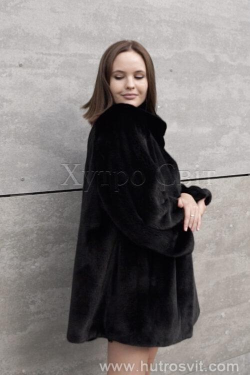 продукция производителя  ХутроСвіт Тисмениця 2021 Норковое манто черного цвета с воротником стойка, фото 6