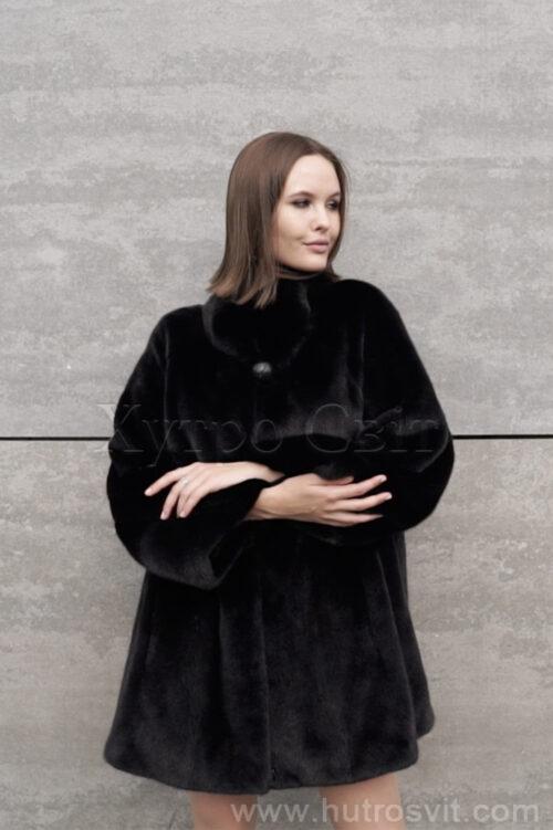 продукция производителя  ХутроСвіт Тисмениця 2021 Норковое манто черного цвета с воротником стойка, фото 7