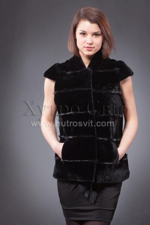 Хутряні жилети від ХутроСвіт Тисмениця,безрукавки.Дана модель - чорний колір, тип - безрукавка, хутро - мутон., фото 3