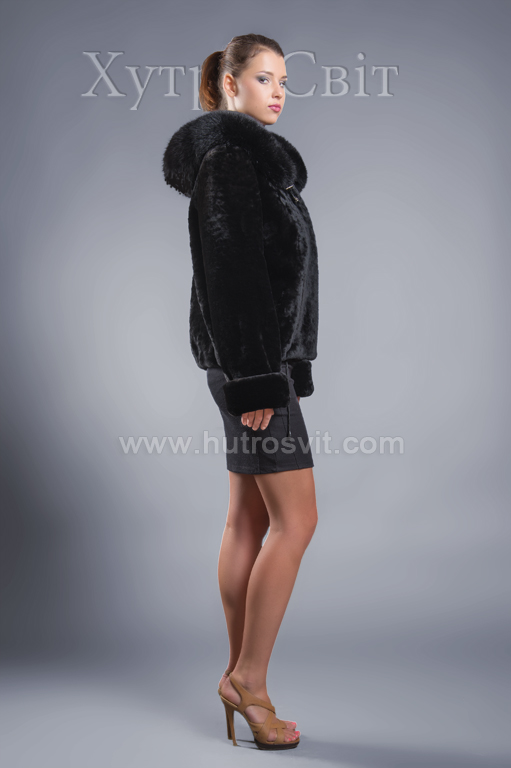 Молодіжна курточка мутон з капюшоном та песцем. Фото 3
