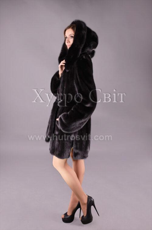 Шуба с капюшоном из черной скандинавки, фото 1