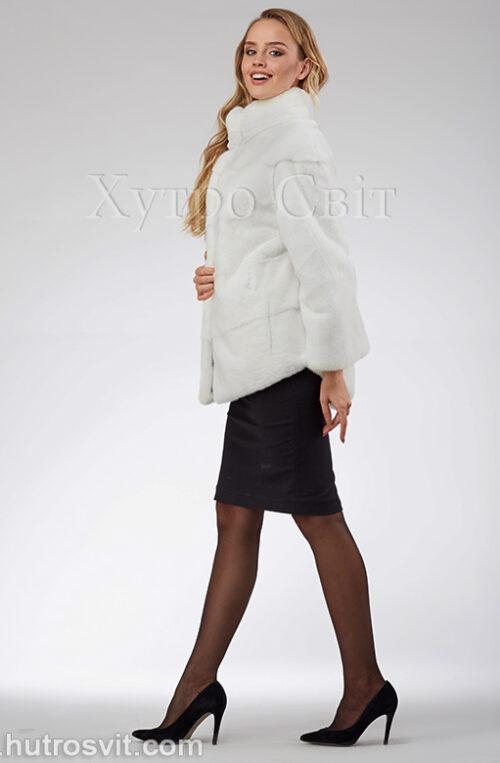 продукция производителя  ХутроСвіт Тисмениця 2021 Белая норковая шуба – модель курточка с воротником стойка, фото 2
