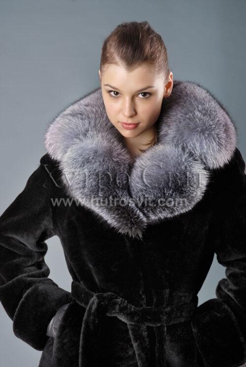 Шубы мутон, воротник - blue frost, модель - меховое пальто, фото 1