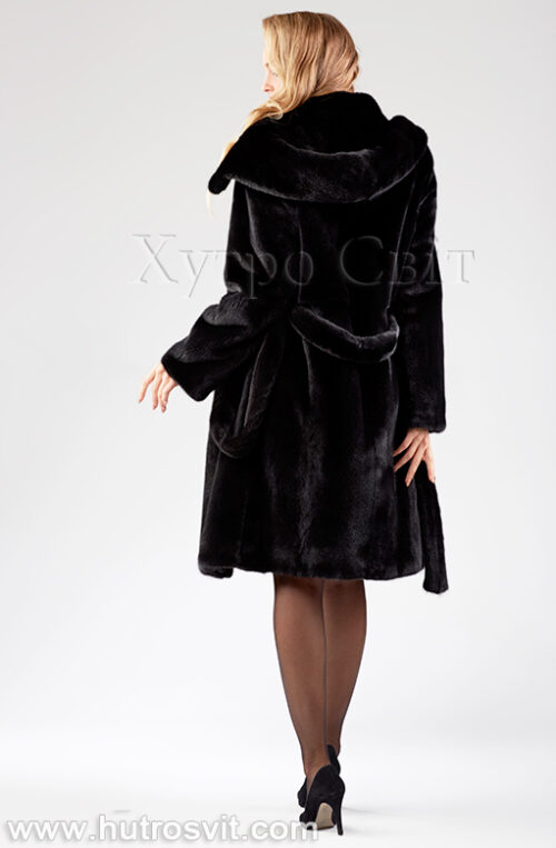 Норкова шуба, чорна з капюшоном та поясом Фото 1