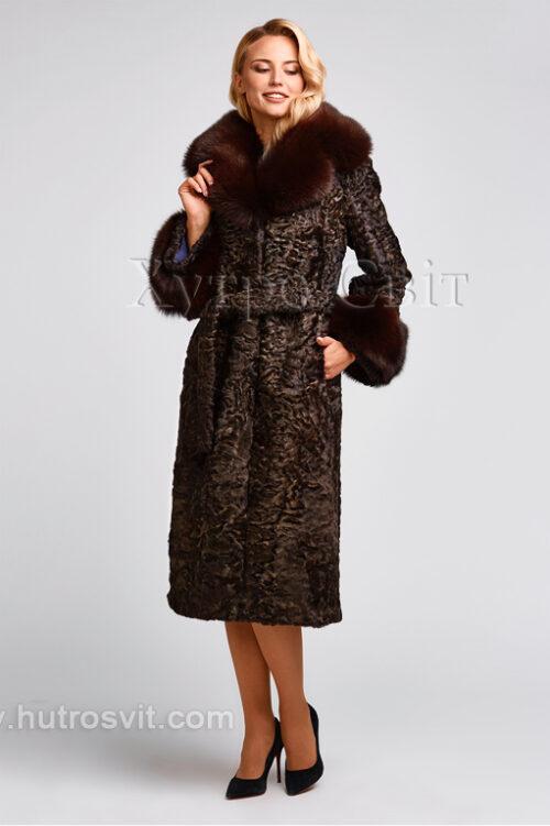 продукция производителя  ХутроСвіт Тисмениця 2021 Каракулевая шуба, коричневая, фасон пальто с песцовым воротником, фото 1