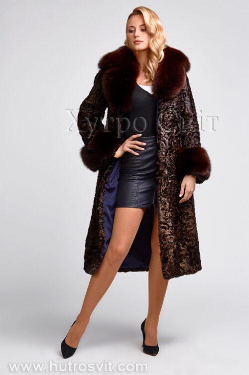 продукция производителя  ХутроСвіт Тисмениця 2021 Каракулевая шуба, коричневая, фасон пальто с песцовым воротником, фото 2