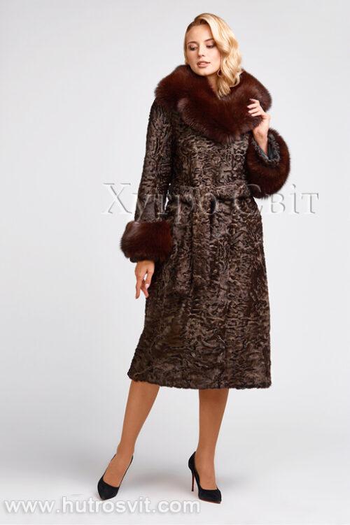 продукция производителя  ХутроСвіт Тисмениця 2021 Каракулевая шуба, коричневая, фасон пальто с песцовым воротником, фото 4