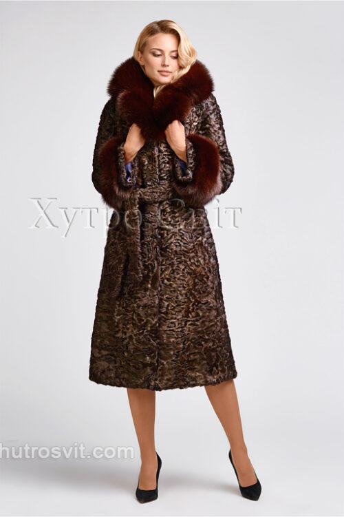 продукция производителя  ХутроСвіт Тисмениця 2021 Каракулевая шуба, коричневая, фасон пальто с песцовым воротником, фото 5