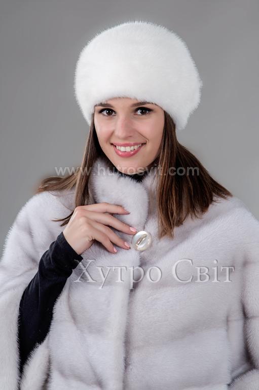 Представляємо жіночу шапку із білої норки, форми шарик, пошиття ХутроСвіт, Фото 1