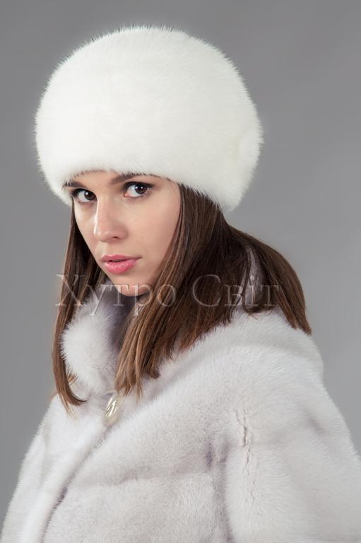 Представляємо жіночу шапку із білої норки, форми шарик, пошиття ХутроСвіт, Фото 2