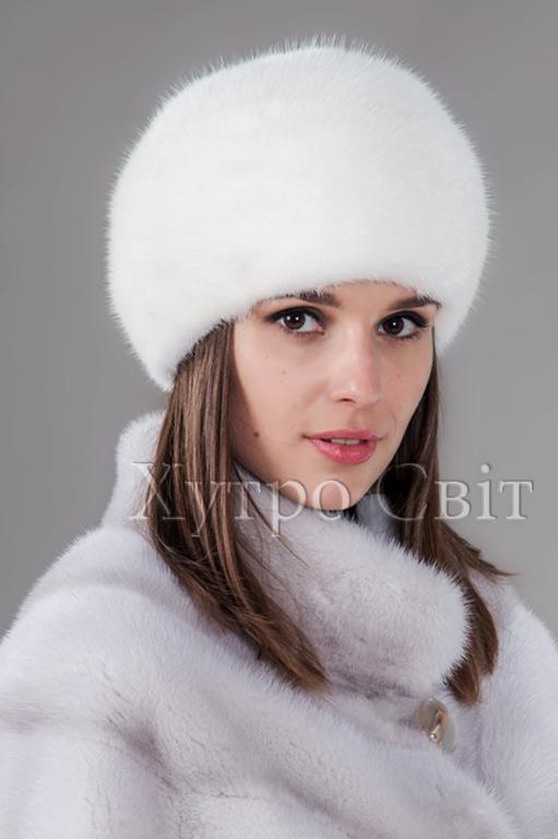 Представляємо жіночу шапку із білої норки, форми шарик, пошиття ХутроСвіт, Фото 3
