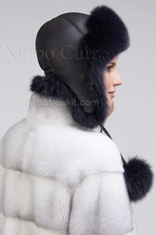 продукция производителя  ХутроСвіт Тисмениця 2021 Женская шапка ушанка из песца графитового цвета, фото 3